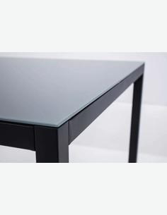 Sedico - Tavolo in metallo nero con superficie in vetro grigia