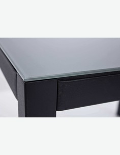 Zeno small - Set da giardino in metallo e vetro composto da un tavolo e quattro sedie impilabili