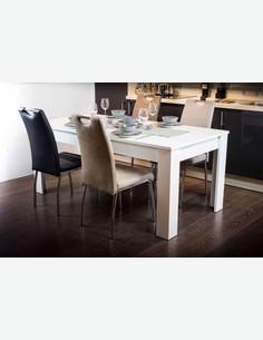 Samnira - Stuhl, in verschiedenen Farben erhältlich - Frontansicht