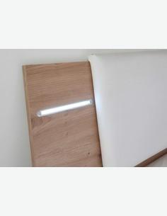 Floriana - Bettanlage mit 2 Nakos und Beleuchtung, aus Holzdekor in der Farbe Artisan Eiche / weiß